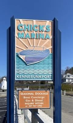 Chicks Marina