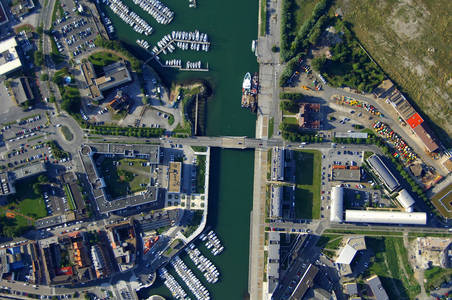 Port of Grand Bridge
