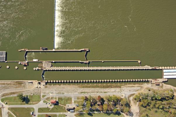 Ohio River Lock 52