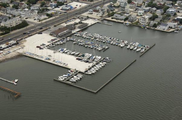 Spray Beach Yacht Club