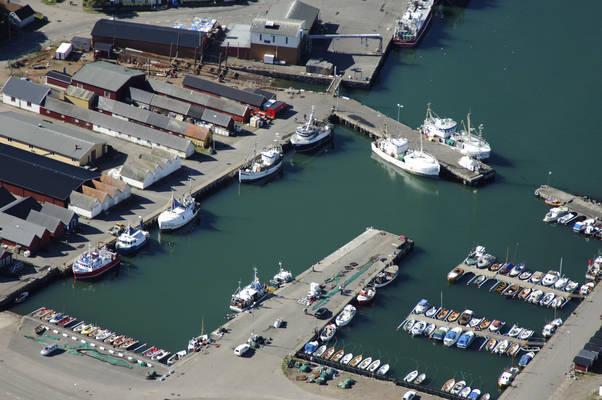 Traslovslage Harbour