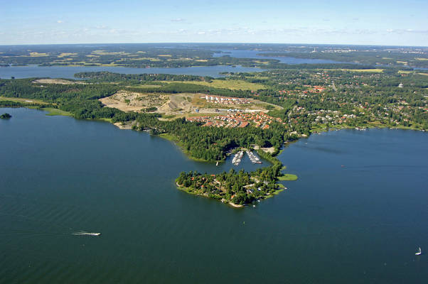 Trakvista Harbor