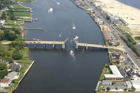 CR520 Bascule Bridge