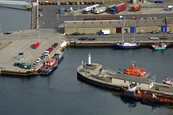 Kirkwall West Pier Lighthouse