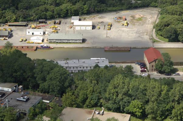 Lockport Canal Side/ Lockport Cruises