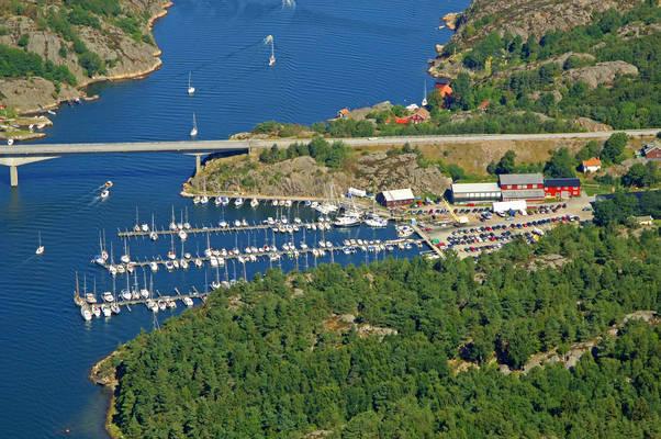 Kallviken Yacht Harbour