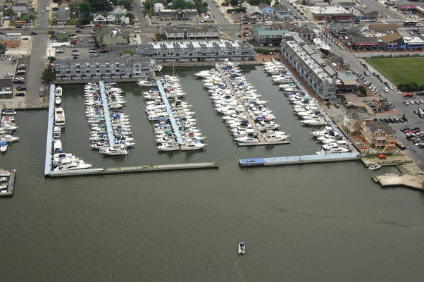Shelter Harbor Marina