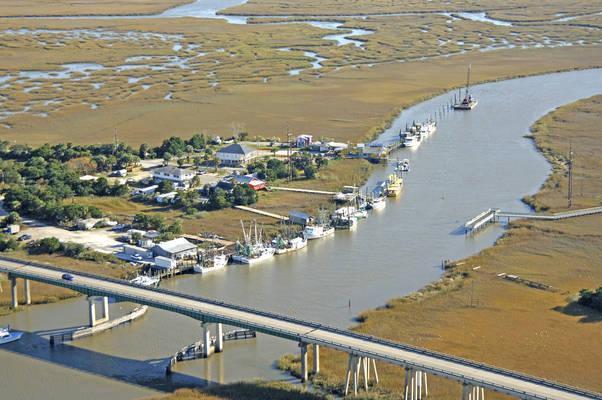 Lazaretto Creek Marina