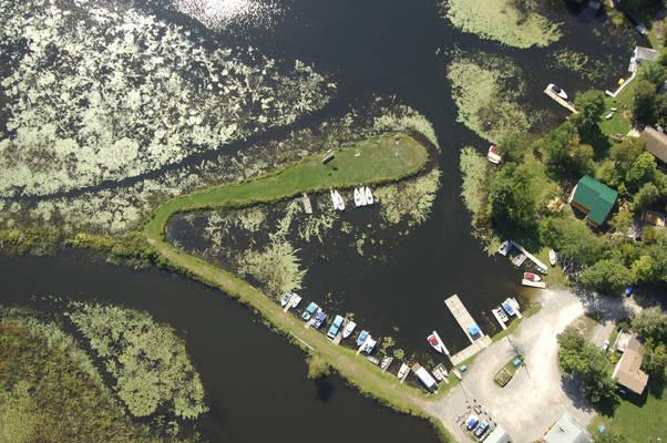 Oak Shores Marina