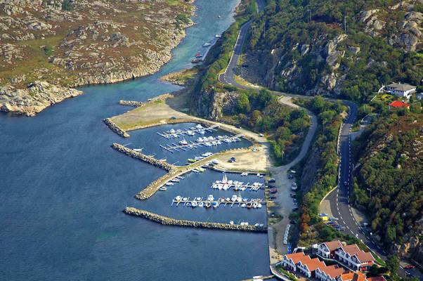 Korshamn Rorbuer Yacht Harbour