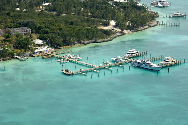 Harbour Island Club & Marina
