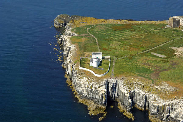 Inner Farne Lighthouse