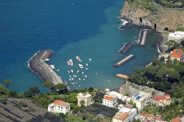 Marina Di Cassano Marina