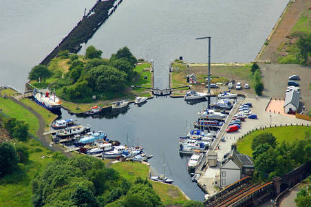 Bowling Harbour Lock 40