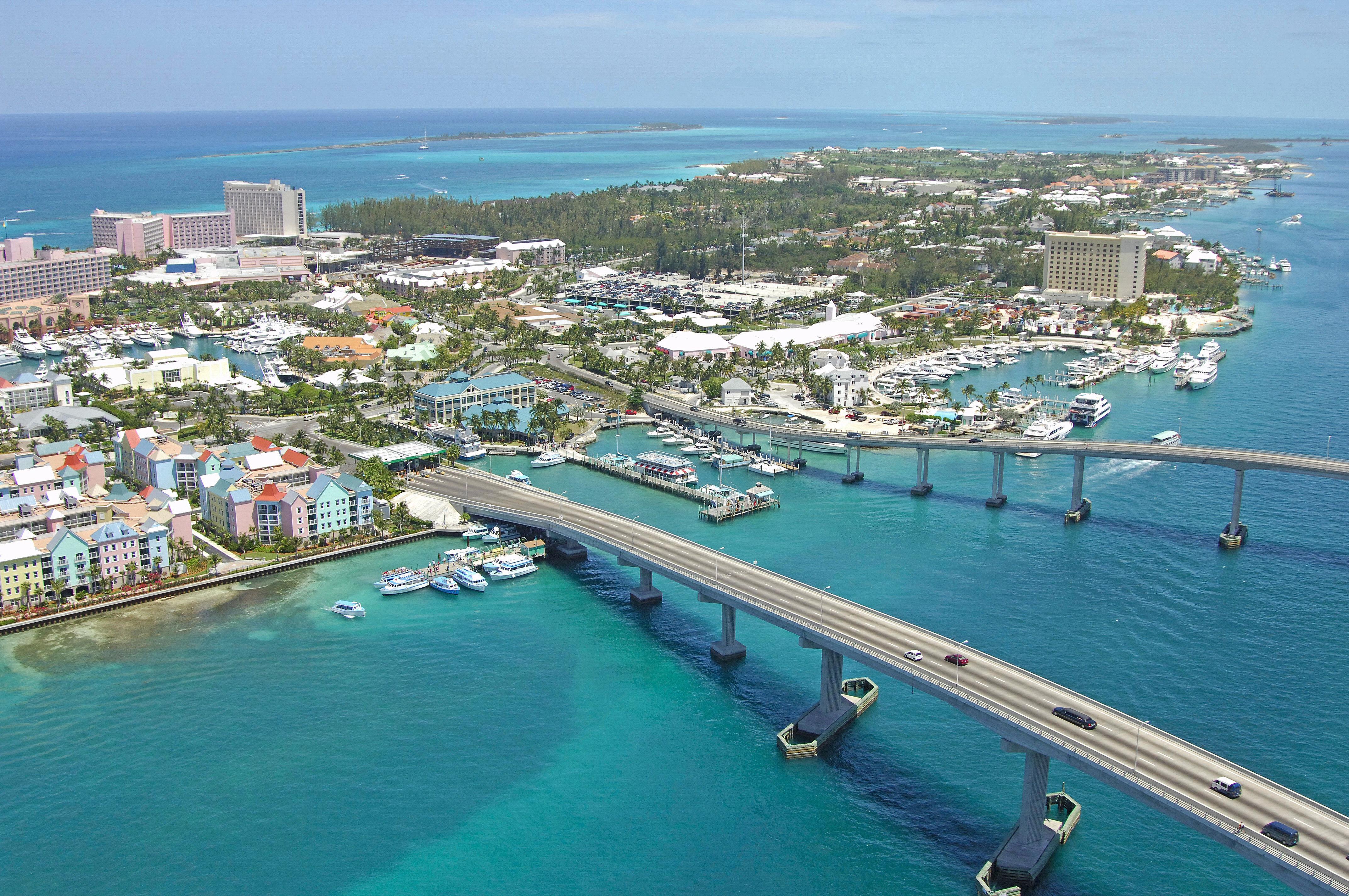 Paradise Island Charter Dock In Paradise Island Bahamas Marina Reviews Phone Number Marinas Com