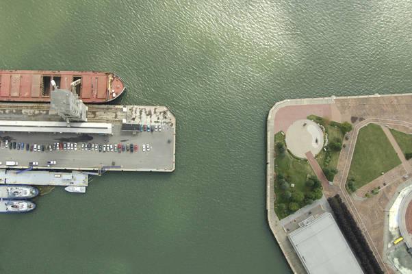 Port De Quebec Inlet