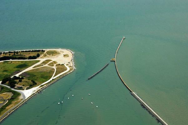Marais Salats Inlet