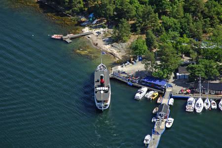 Kymmendoe Ferry