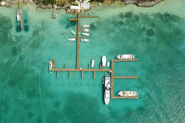 Harbour Island Club & Marina