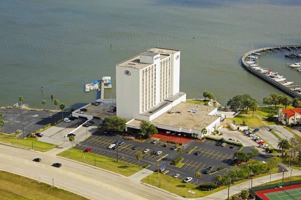 Nassau Bay Hilton Marina