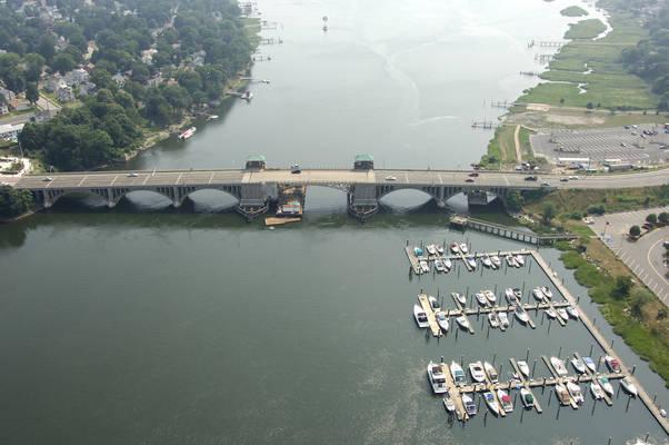 US1 Bridgeport Avenue Bridge