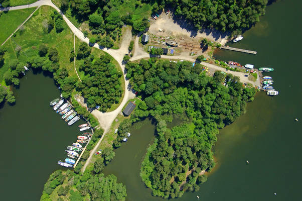 Rosbacken Road Marina
