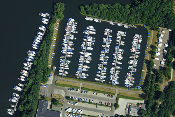 Leuken Yacht Harbour