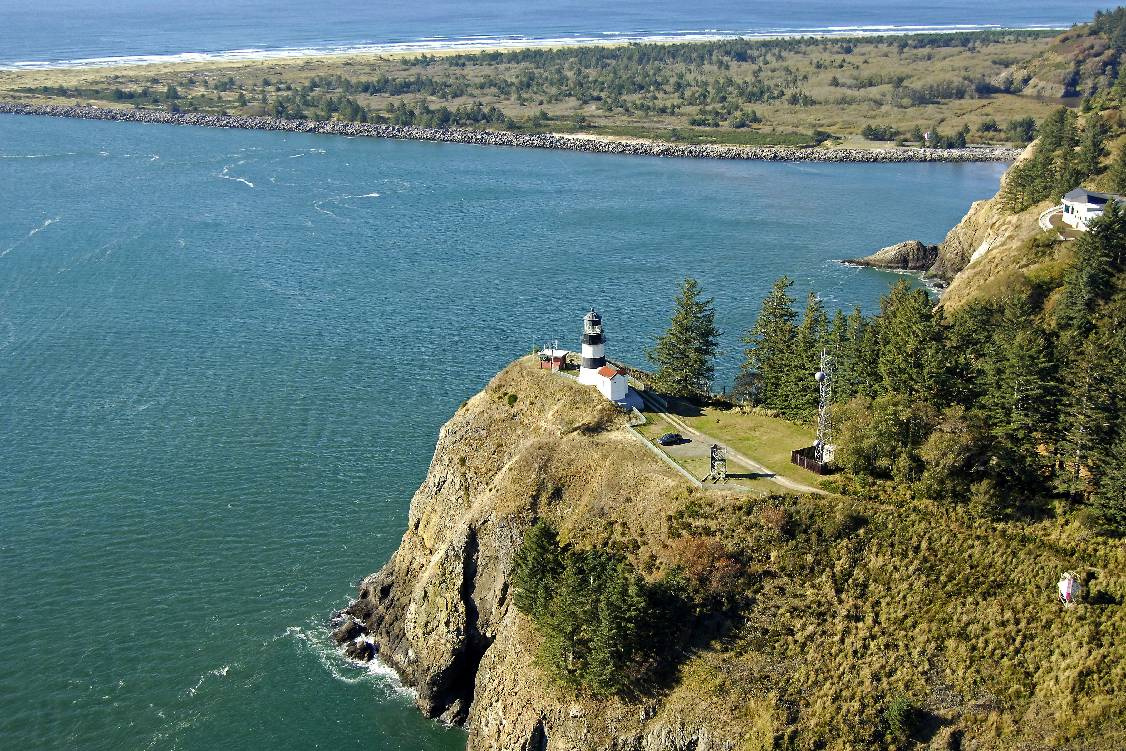Cape Disappointment Light Lighthouse In Ilwaco Wa United