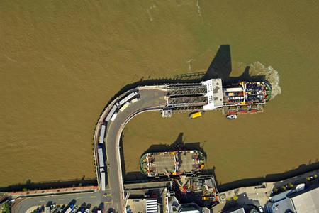 Woolrich South Ferry Pier