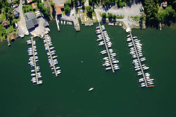 Borgoe Marina