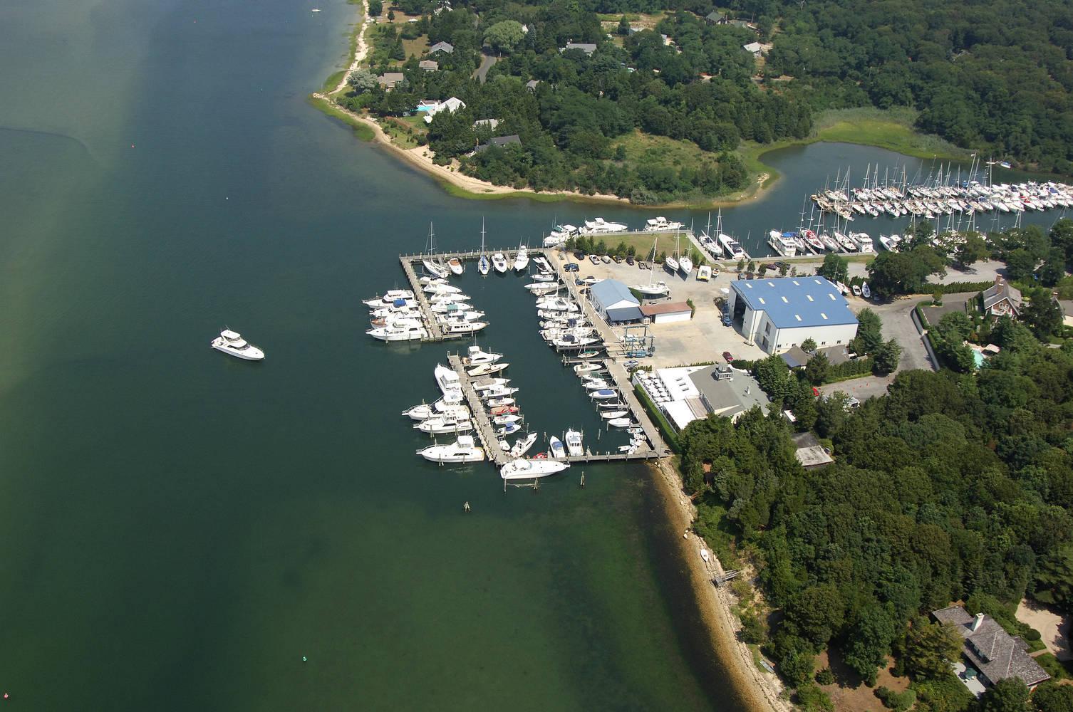 East Hampton Point Marina Slip Dock Mooring Reservations
