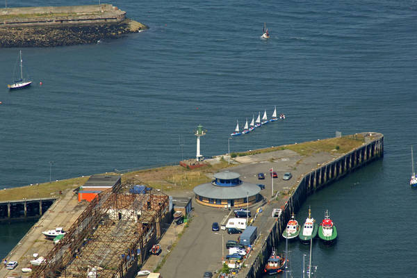 Granton Harbour Lighthouse