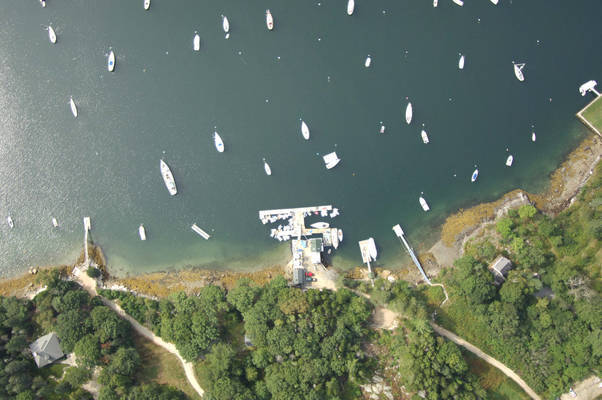 Buck's Harbor Marine