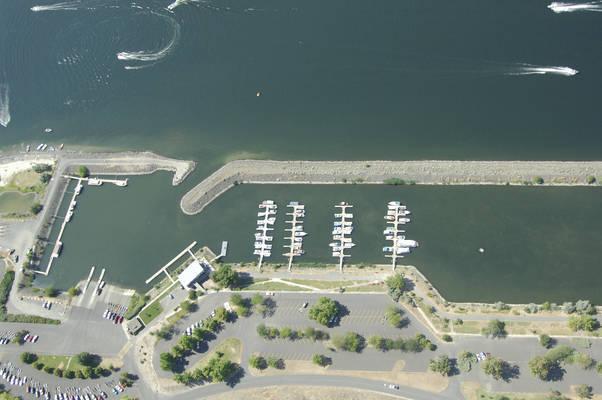 Hell's Gate Marina