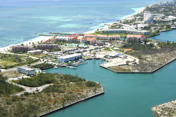 Flamingo Bay Marina at Taino Beach