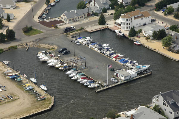 Drum Point Marina