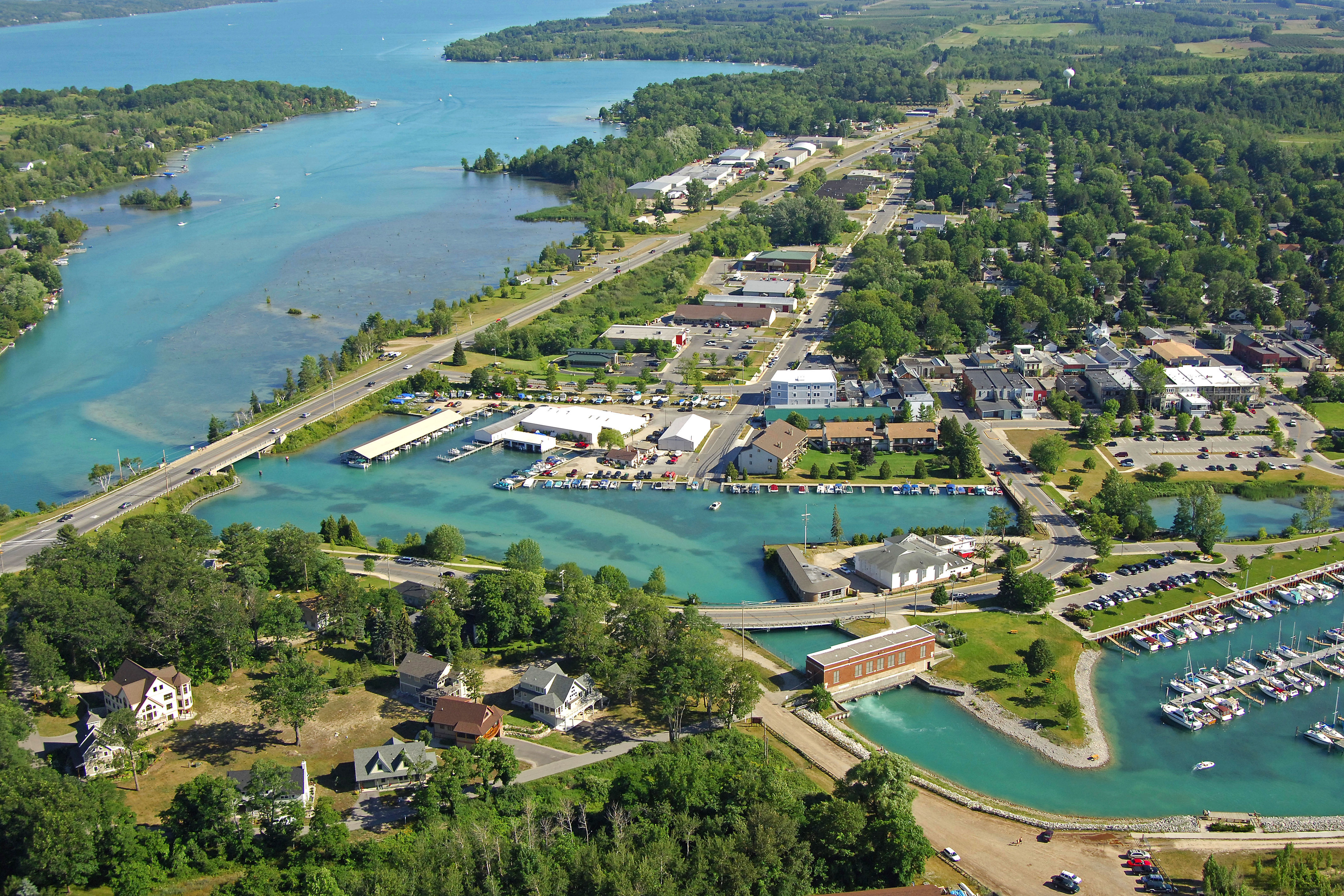 elk rapids Learn what makes elk rapids , michigan a best place to live, including information about real estate, schools, employers, things to do and more.