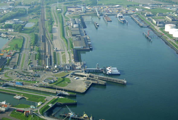 Vlissingen Buitenhaven Harbour
