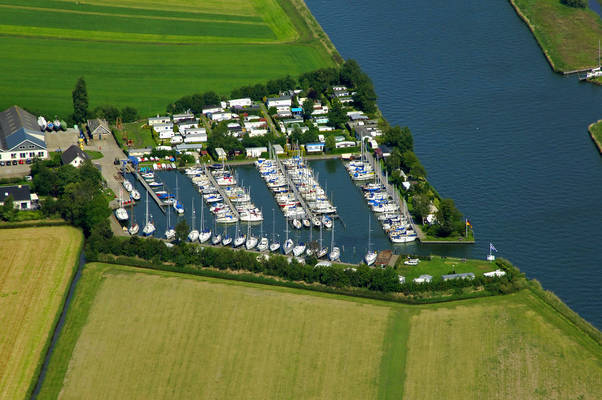 De Roggerbroek Yacht Harbour