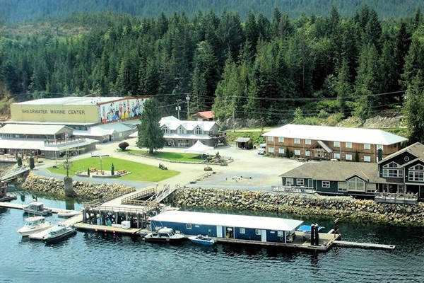Shearwater Resort and Marine Centre