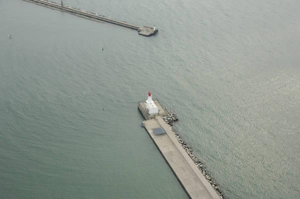 Port Colborne Lighthouse 2
