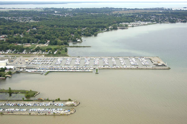 Beacon Cove Marina