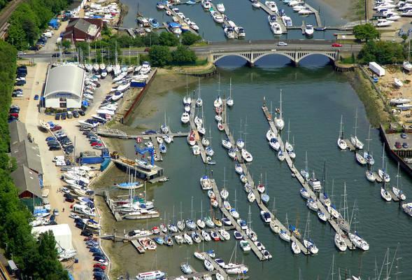 Deacons Boatyard