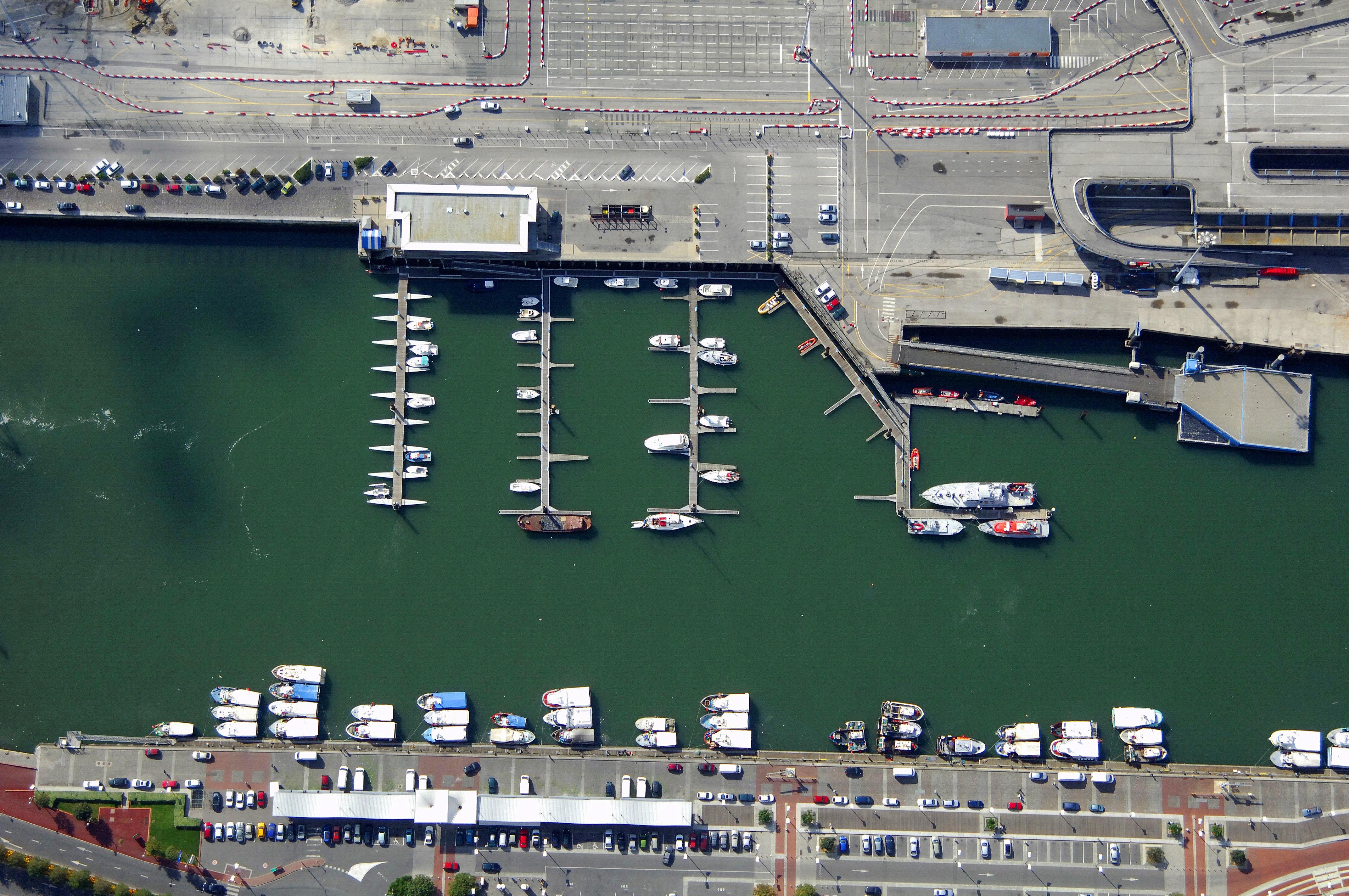 Port de plaisance Boulogne-sur-Mer Harbor in Boulogne-sur-Mer