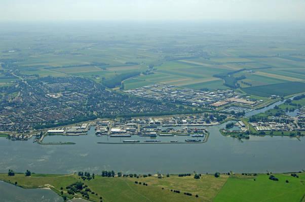 Hardinxveld Harbor