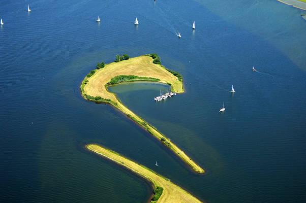 Zandkreekplaat Yacht Harbour
