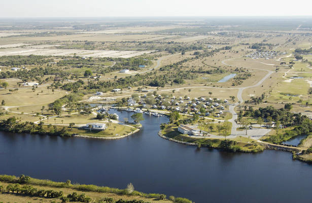The Glades RV Resort, Golf & Marina