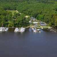 River's Rest Motel and Marina
