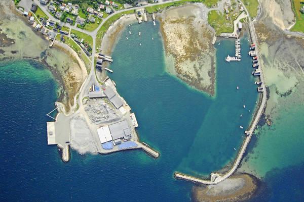 Uthaug Harbour