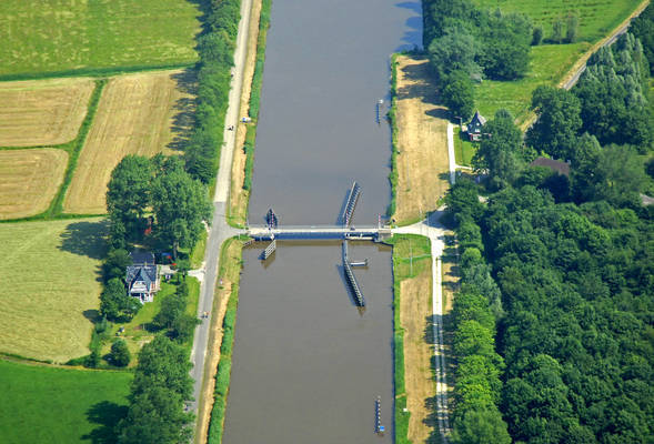 Paddepoelster Bridge